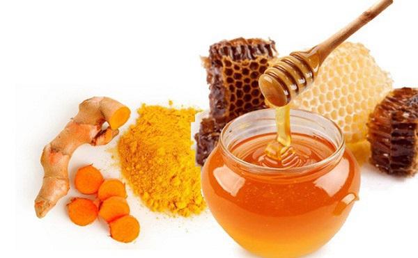 Cách chăm sóc da bằng mật ong kết hợp với nghệ hiệu quả