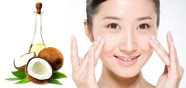 Rửa mặt với dầu dừa và thầu dầu chăm sóc da nhờn