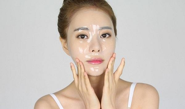 Đắp mặt nạ thường xuyên giúp nuôi dưỡng làn da trong mùa hè